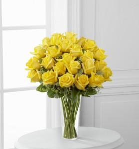 Two dozen long stem yellow roses vase arrangement in modesto ca two dozen long stem yellow roses vase arrangement mightylinksfo