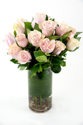 Two Dozen pink Roses in Vase Round