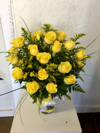 Two dozen yellow rose of texas in forney tx kims creations two dozen yellow rose of texas mightylinksfo