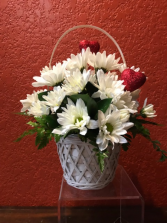 Two Hearts Daisy Basket