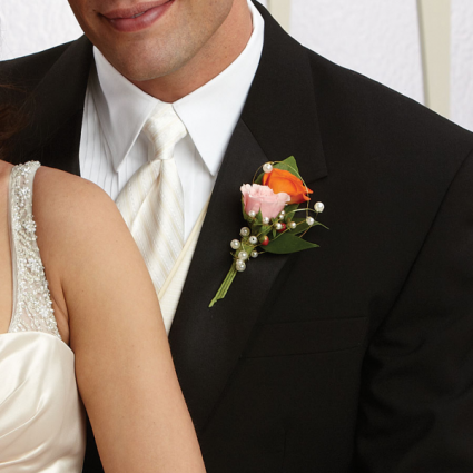 two tone wedding boutonniere