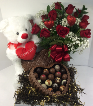 Ultimate Valentine  in Troy, MI | ACCENT FLORIST