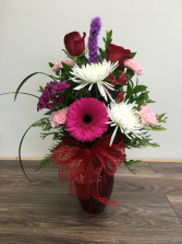 Loving blooms Vase arrangement