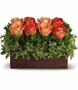 Uptown Bouquet H72