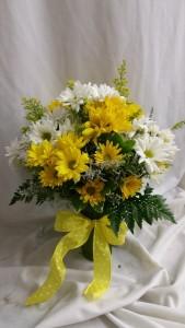 Upsy Daisy Fresh Vased Arrangement