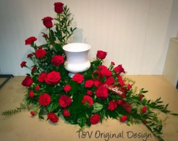 Urn Memorial Wreath T&V Exclusive