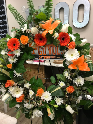 UT Vols Wreath  in Hermitage, TN | IN FULL BLOOM FLOWERS + GIFTS