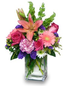 SPRINGTIME REWARD Vase of Flowers in Houston, TX | MARY'S LITTLE SHOP OF FLOWERS