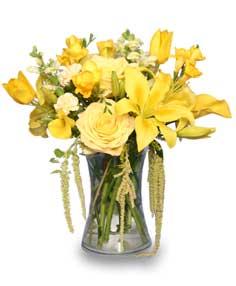 RAY OF SUNSHINE Yellow Flower Vase