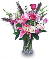 TIMELESS TREASURE Flower Arrangement