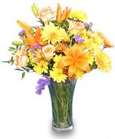 GOLDEN GLOW  Floral Vase