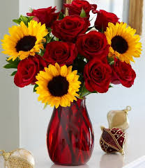 V-26 RED ROSES, W/SUNFLOWERS