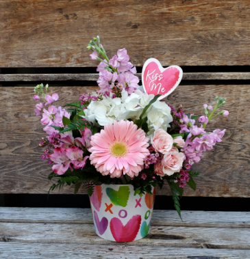 VA5 Love you More Bouquet