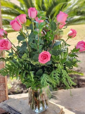 Pink Dozen Roses
