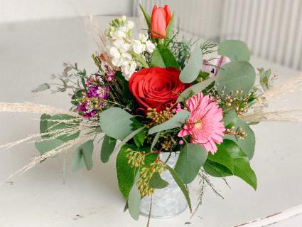 Valentine Special 3 Valentine Fresh Flower Arrangement In Dixon