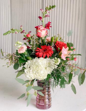 Valentine Special #4 Valentine Fresh Flower Arrangement