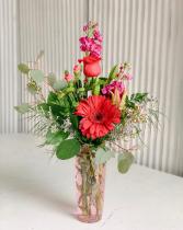 Valentine Special #6 Valentine Fresh Flower Arrangement