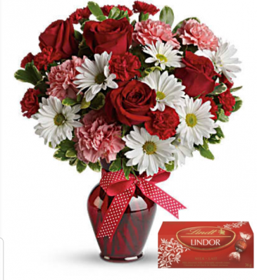 Valentine Cozy Complete With Chocolates Fresh arrangement