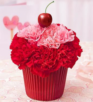 VALENTINE CUPCAKE   in Lexington, KY | FLOWERS BY ANGIE