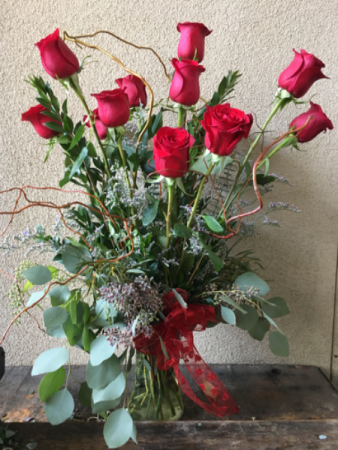One Dozen Red With Large 70-cm Long-Stem Roses
