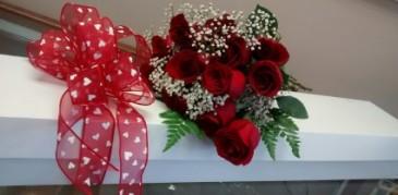 You choose the colour roses regular or long stem, boxed roses
