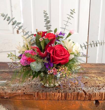 Fresh Special 7 Fresh Vased Arrangement
