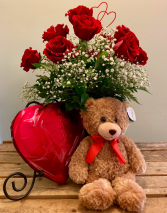 VALENTINE SPECIAL ROSES WITH A BEAR VALENTINE