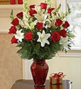 Valentine Splendor Fresh Flowers