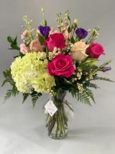 Valentines 4 Floral arrangement