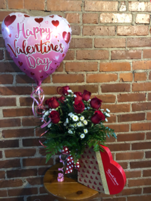 Valentines Basic Package   in Albany, GA | WAY'S HOUSE OF FLOWERS
