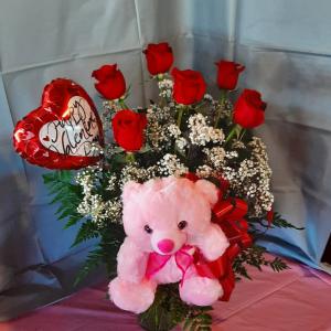 Valentine's Day Half Dozen Roses Special  in Freeport, NY | DURYEA'S FREEPORT VILLAGE FLORIST