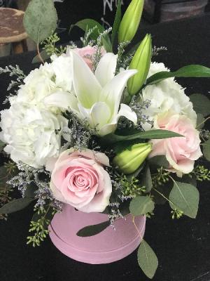 Springtime Hat Box  in Macon, GA | PETALS, FLOWERS & MORE