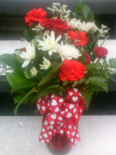 VALENTINES DAY MIXED VASE ARR VALENTINES ARR