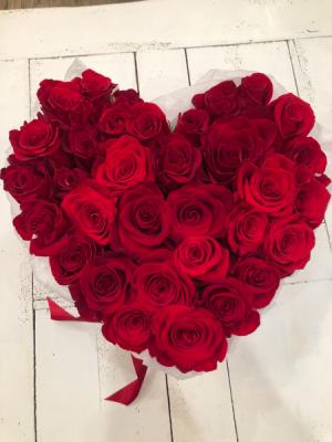 Red Heart  in Sparta, NJ | Bluet Flower Co.