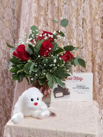 Valentines Day Special with 1/2 Dozen Roses