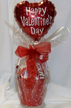 Valentines Munchy Bucket Candy/Snack Basket