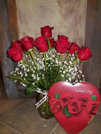 Sweet Heart Early Bird Arrangement sweetheart vase arrangement