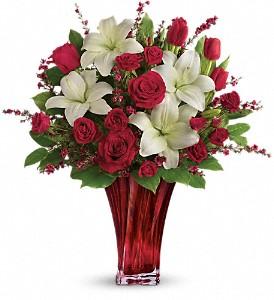 Love's Passion Bouquet T17V200