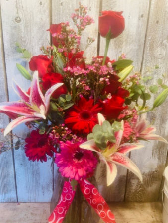 Valentine/Special 1doz roses/any color/ please specify, with lillies and gerbers