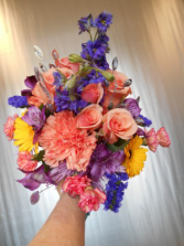 Vibrance Clutch Bouquet
