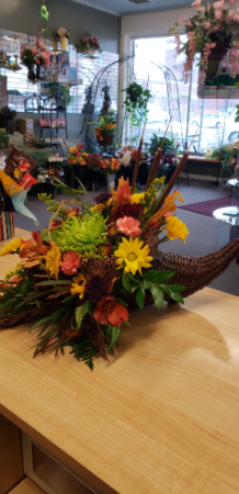 Vibrant Cornucopia Thanksgiving in Nampa, ID | THE ROSE PETAL FLORAL & GIFT SHOP
