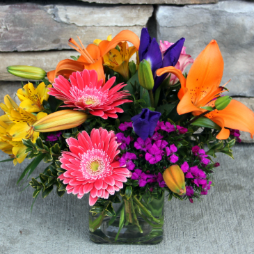 Vibrant Cube Vase Classic Flower Arrangement