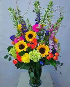 Vibrant Garden Arrangement  Vase arrangement  in Chatham, NJ | SUNNYWOODS FLORIST