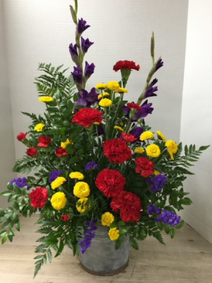 Vibrant Melody Arrangement in Cherokee, IA | Blooming House