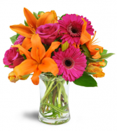 Vibrant Shine Bouquet All-Around Floral Arrangement