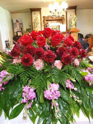 Victoria Blanket Spray  For Casket in Canton, GA | Canton Florist