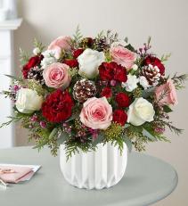 Vintage Chic Bouquet winter