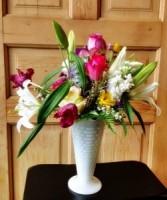 Vintage Milkglass  Spring Flowers