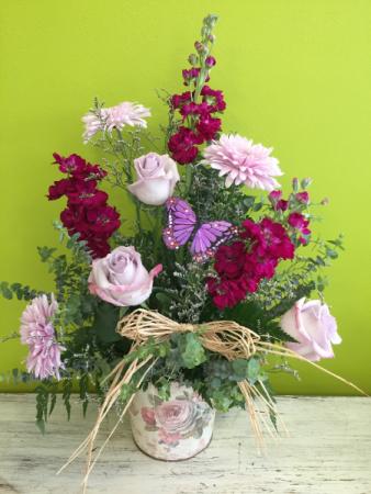 Vintage Rose Spring arrangement