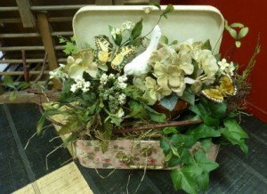 Vintage Suitcase SOLD! Silk in Spring Hill, FL | THE IVY COTTAGE
